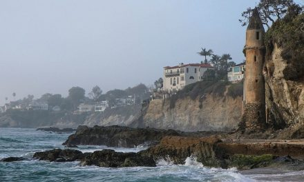 La Tour – A Laguna Beach Christmas Miracle